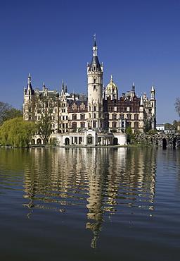 Schweriner Schloss castle, seat of the Landtag parliament of Mecklenburg-Western Pomerania, Federal Garden Show, Schwerin, Mecklenburg-Western Pomerania, Germany, Europe