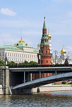 Embankment of Moskva River and Kremlin, Moscow, Russia