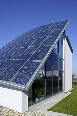 Photovoltaic panels, solar cells, energy, roof, office building, Ingolstadt, Bavaria, Germany, Europe