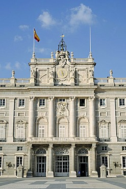 Entrance, flag, front, throne room, Palacio Real, royal palace, Plaza de Armas, Madrid, Spain, Europe