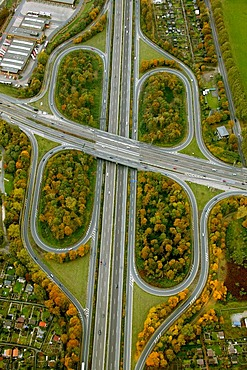 Aerial photograph, Autobahnkreuz, motorway intersection, A59 and A40 Ruhr highway, Duisburg, Ruhr Area, North Rhine-Westphalia, Germany, Europe