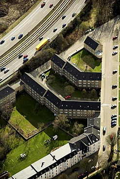 Aerial picture, residential building, urban motorway, A40, B1, A52, Essen-Frillendorf, Ruhr area, North Rhine-Westphalia, Germany, Europe