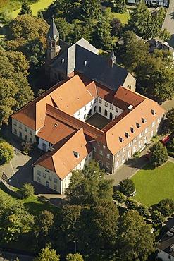 Aerial photograph, Kloster Saarn, Saarn Monastery, community center, church, Broich, Muelheim, Ruhr Area, Rhineland, North Rhine-Westphalia, Germany, Europe