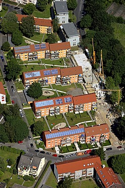 Aerial photo, solar roof, flat renovation to the north of the Opel factory 1, Langendreer, Bochum, Ruhr area, North Rhine-Westphalia, Germany, Europe