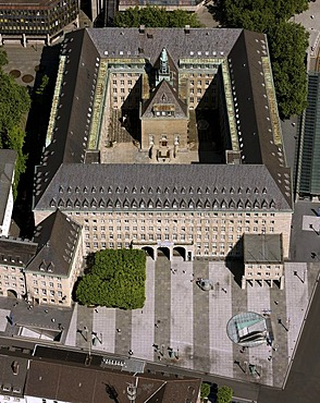 Aerial photo, townhall, city administration, inner courtyard, forecourt, freedom bell, Bochum, Ruhr area, North Rhine-Westphalia, Germany, Europe