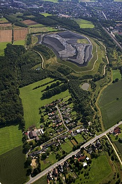 Aerial view, slag heap, coal mining waste, pit head stocks Sundern, Hamm-Pelkum, Ruhr area, North Rhine-Westphalia, Germany, Europe