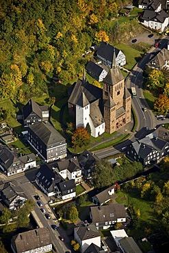 Aerial photo, town hall, Church St. Peter and Paul, Kirchhundem, Sauerland, North Rhine-Westphalia, Germany, Europe