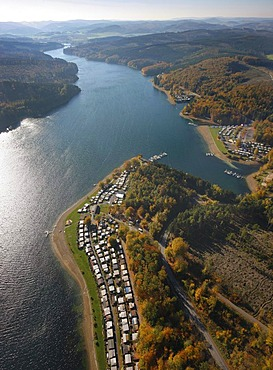 Aerial photo, camping ground, west shore of the Sorpe Talsperre storage lake, Sundern, Hochsauerlandkreis, Sauerland, North Rhine-Westphalia, Germany, Europa