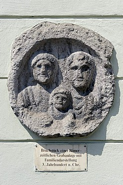 Roman family, fragment of a tomb, 3rd century A.D., Hauptplatz Square, Linz, Upper Austria, Europe