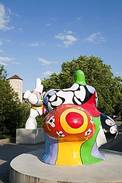 Nanas by the French artist Niki de St. Phalle, Hanover, Lower Saxony, Germany, Europe
