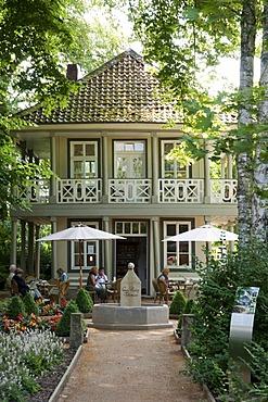 Tea pavillon, Spa Gardens, Bad Pyrmont, Weserbergland, Lower Saxony, Germany, Europe