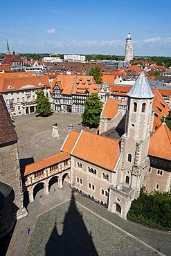 View over Dankwarderode Castle and Burgplatz, castle square, Braunschweig, Lower Saxony, Germany, Europe
