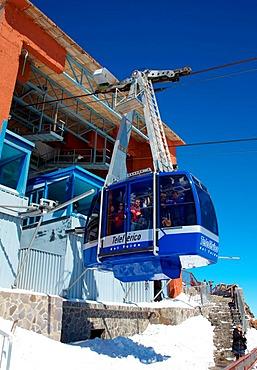 Cable car to Pico de Teide mountain, Parque Nacional del Teide, Tenerife, Spain, Europe