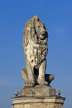 Marina, Lindauer Loewe, Lion of Lindau, Lindau am Bodensee, Lake Constance, Bavaria, Germany, Europe