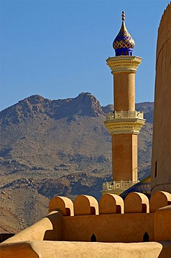 Minaret of the mosque, Nizwa, Sultanate of Oman, Middle East