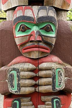 Indian totem pole, close-up, Royal BC Museum, Victoria, British Columbia, Canada, North America