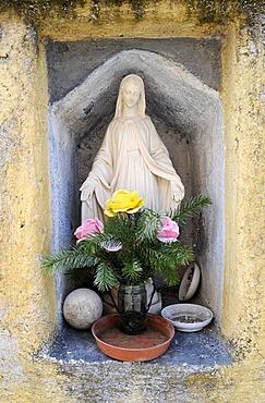 Statue of the virgin Mary, mountain village Valloria, part of the Dolcedo district, Riviera dei Fiori, Liguria, Italy, Europe