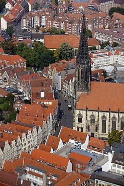Lambertikirche Church at Prinzipalmarkt Market, city centre of Muenster, North Rhine-Westphalia, Germany, Europe