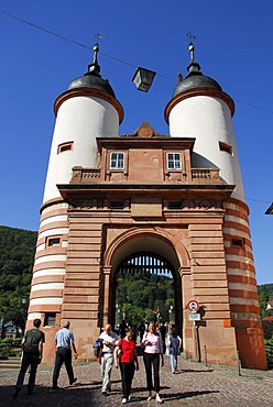 Alte Bruecke Bridge, Karl-Theodor Bridge crossing the Neckar River, Brueckentor Gate with two baroque towers at the edge of the historic center of Heidelberg, Neckar Valley, Baden-Wuerttemberg, Germany, Europe