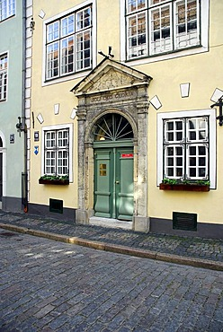 Medieval houses with the architecture museum, Three Brothers, Tris bralj, in the Maza Pils iela street in the historic town centre, Vecriga, Riga, Latvia, Baltic states, Northeastern Europe