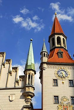 Old town hall, the reconstructed tower presently holds the toy museum, Marienplatz square, Altstadt, Old Town, Munich, Upper Bavaria, Bavaria, Germany, Europe