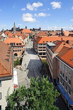 Fleischbruecke Bridge, Pegnitz River, Nuremberg Castle or Kaiserburg, historic city centre, Nuremberg, Middle Franconia, Bavaria, Germany, Europe