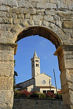 St. Anthonyís Church seen through arch of ancient Roman amphitheater, arena, Pula, Istria, Croatia, Europe