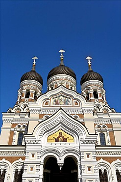 Aleksander-Nevski Cathedral, limestone hill of Tompea in the centre of Tallinn, Estonia, Baltic States, North Europe