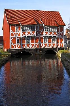 "Historic timber-framed ""Gewoelbe"", bridge house in the old harbour, Hanseatic City of Wismar, UNESCO World Heritage Site, Mecklenburg-Western Pomerania, Germany, Europe"