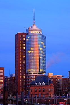 Hanseatic Trade Center, HTC, behind the old police station in evening light, Kehrwiederspitze, HafenCity, Speicherstadt, old warehouse district, port of Hamburg, Germany, Europe