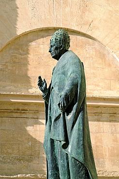 Statue of Pope Calixtus III, St. Mary's Basilica, La Seu Cathedral, Xativa (Jativa), Valencia, Spain, Europe