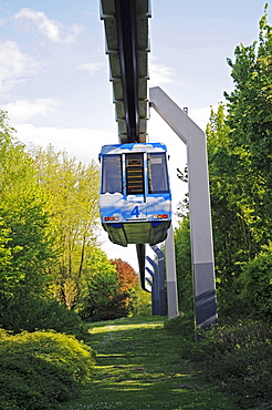 Suspension railway, elevated railway, university, Dortmund, North Rhine-Westphalia, Germany, Europe