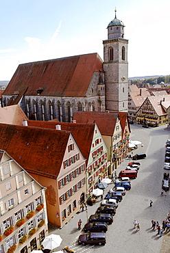 Weinmarkt wine market minster St Georg Dinkelsbuehl Dinkelsbuehl Romantische Strasse Romantic Road Middle Franconia Bavaria Germany