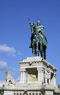 Statue of King Stephen I of Hungary, Budapest, Hungary, Europe