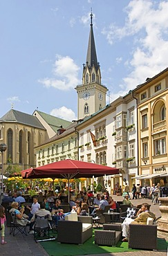 Pedestrian area in Villach, at back the Church of St. Jakob, Carinthia, Austria, Europe