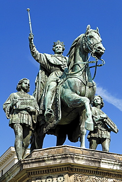 King Ludwig I monument, Odeonsplatz Square, Munich, Bavaria, Germany, Europe