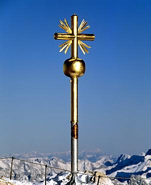 Summit cross at 2962 m or 9718 ft on the Zugspitze, Germany's highest mountain, Wetterstein Range, Werdenfels Region, Upper Bavaria, Bavaria, Germany, Europe
