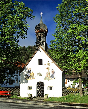 Chapel in Klais near Mittenwald Forest, Upper Bavaria, Bavaria, Germany, Europe
