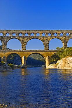 Aqueduct, Pont du Gard, Languedoc-Rousillion, France
