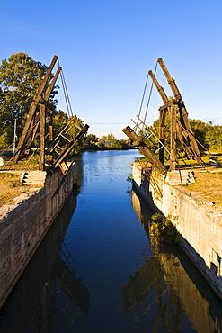 Vincent van Gogh Bridge, Arles, Provence-Alpes-Cote d'Azur, France