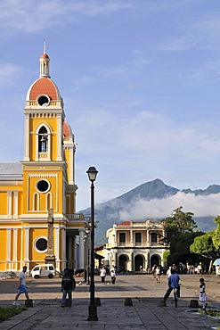 Cathedral on Parque Central Square, Granada, Nicaragua, Central America