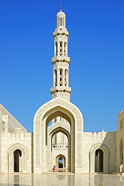 Minaret in the Sultan Qaboos Mosque, Muscat, Sultanate of Oman, Middle East