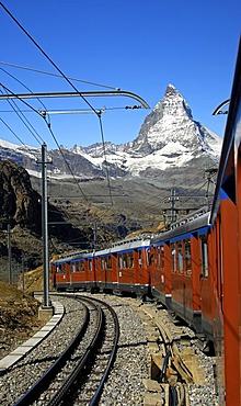 Gornergratbahn, rack railway, and Mt Matterhorn, Zermatt, Valais, Switzerland, Europe