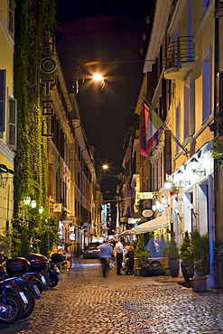 Alleyways and restaurants near the Spanish Steps (Italian: Scalinata della Trinita dei Monti) at night, Rome, Italy, Europe