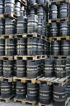 Beer barrels, Reissdorf Koelsch, drinks cash-and-carry, Cologne, Germany