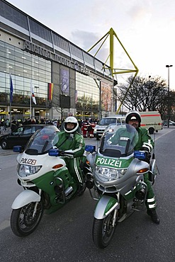 DEU, Germany, Dortmund, 22.03.2006: Police operations at the football game Germany-USA.  