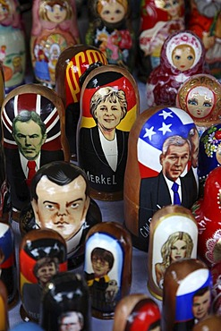 Matryoshka dolls, typical souvenirs, depicting politicians, Vilnius, Lithuania, Baltic States, North East Europe