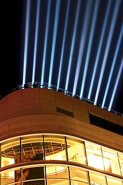 Light beams, Luminale 2008, biannual lighting festival, row of spotlights on the roof of the Galeria Kaufhof department store, Frankfurt, Hesse, Germany