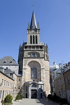 Aachen cathedral, main entrance, view from ther courtyard, Aachen, NRW, Germany
