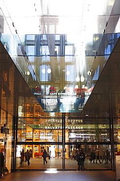 Fuenf Hoehe shopping passage, Munich, Bavaria, Germany